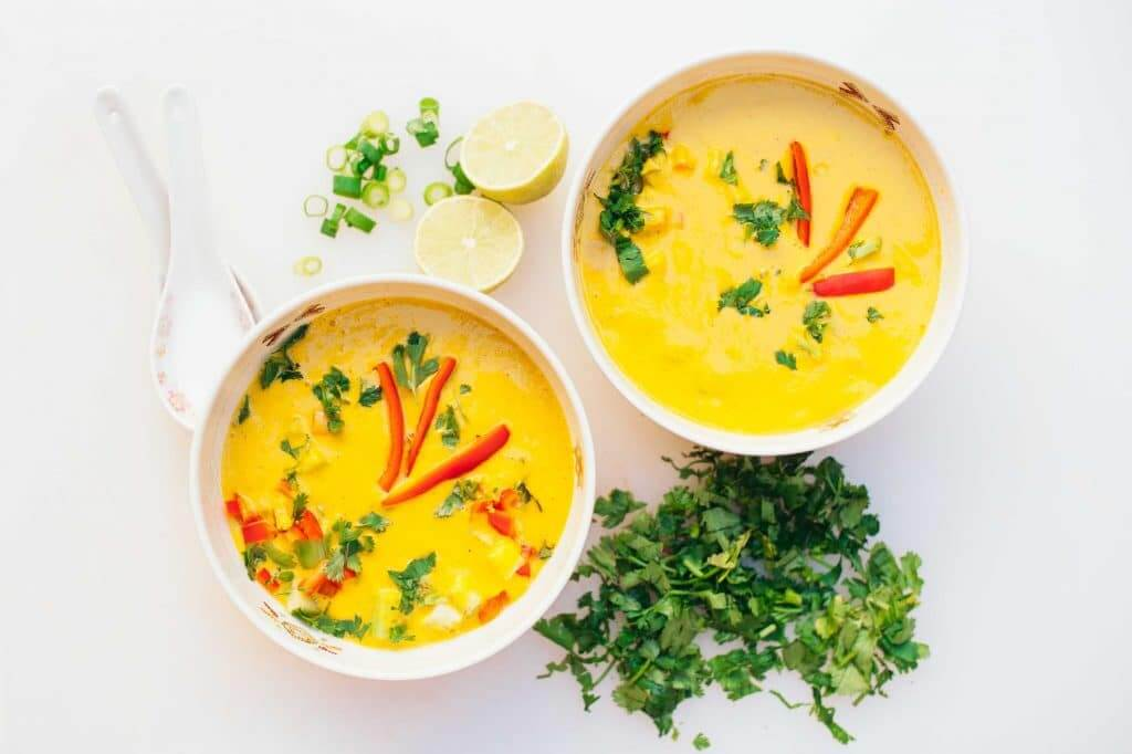 Bols de soupe aux carottes